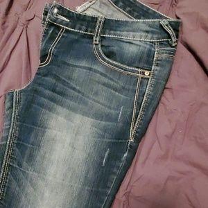 Vanity Jeans - Vanity curvy jeans
